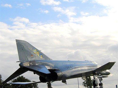jagdbomber-f4f-phantom_2.jpg