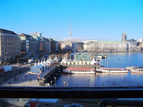 Weihnachtsmarkt Hamburg Jungfernstieg