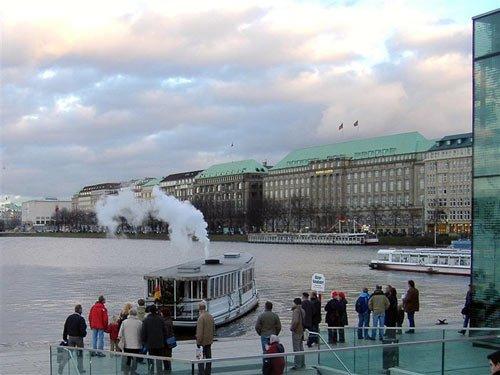 Dampfbetriebener Alsterdampfer - Hamburg Alster Bilder
