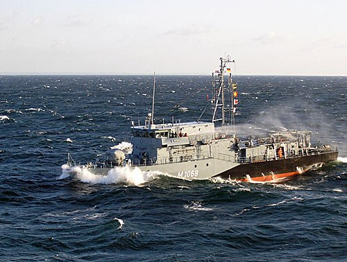 Minenjagdboot M 1068 DATTELN