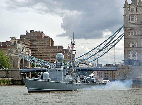 London - Britische Marine uebt auf deutschen Booten