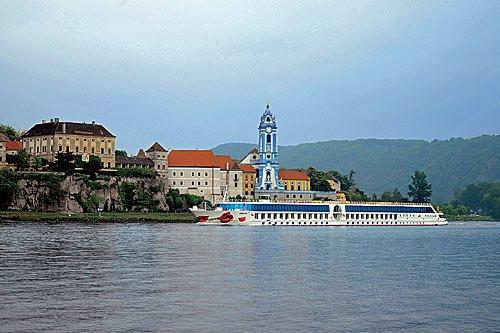 Weihnachten Donau - zum Wiener Weihnachtsmarkt