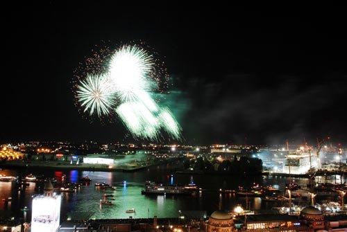 Hamburg Hafengeburtstag Feuerwerk