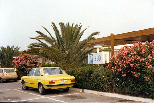 BMW 518 E12 in Südfrankreich Cap 3000 in Nizza