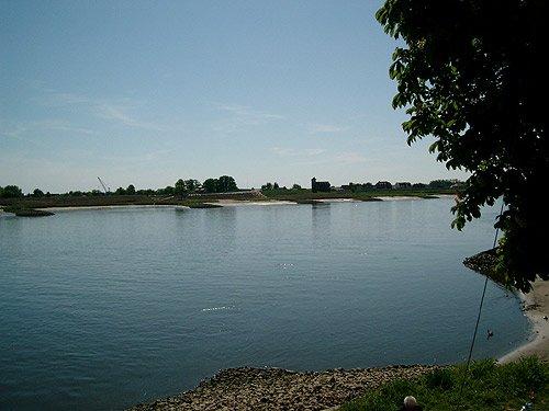 Elbe Hamburg bei Zollenspieker Fähre